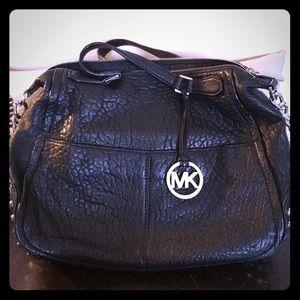 EUC Michael Kors shoulder bag